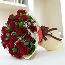 Lovely Roses Bouquet: New Arrival Gifts in Dubai